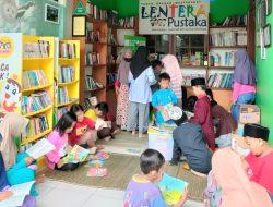 Om dan Tante, Pernah Donasi Buku ke Taman Bacaan Nggak?
